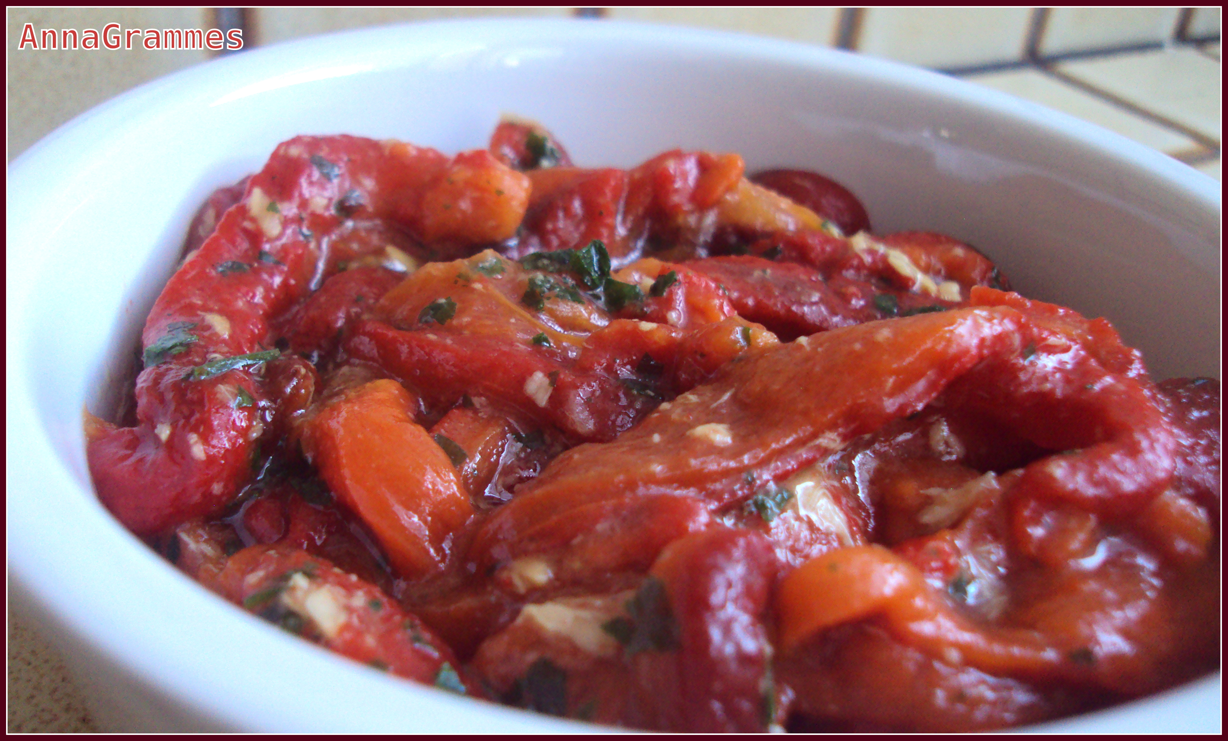Salade de poivrons marin s annagrammes cuisine familiale d licieusement casher - Salade de poivron grille ...